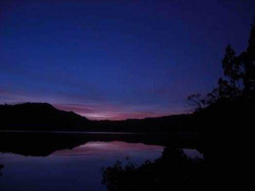 Tuesday morning, sun wakes over the lake near Scott Kilvert Hut