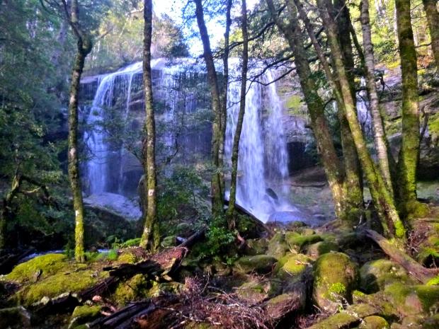 Rina Dina falls