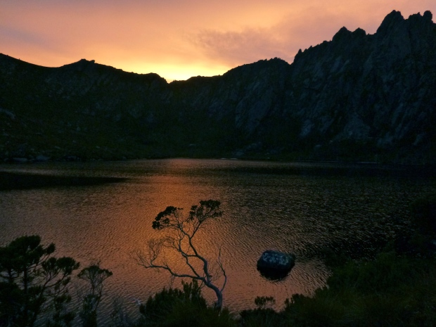 Final glow over the lake as the sun dips..