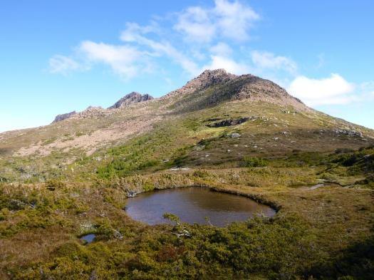 On top of the Ossa-Paddys Nut ridge, looking at Ossa