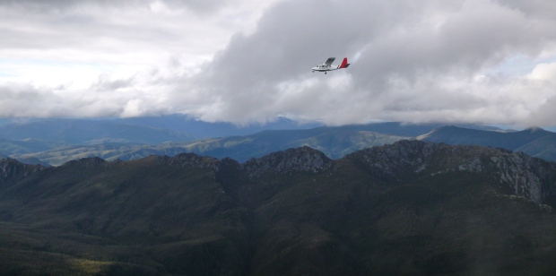 The second Melaleuca plane comes around again, and we wave. Pretty special!