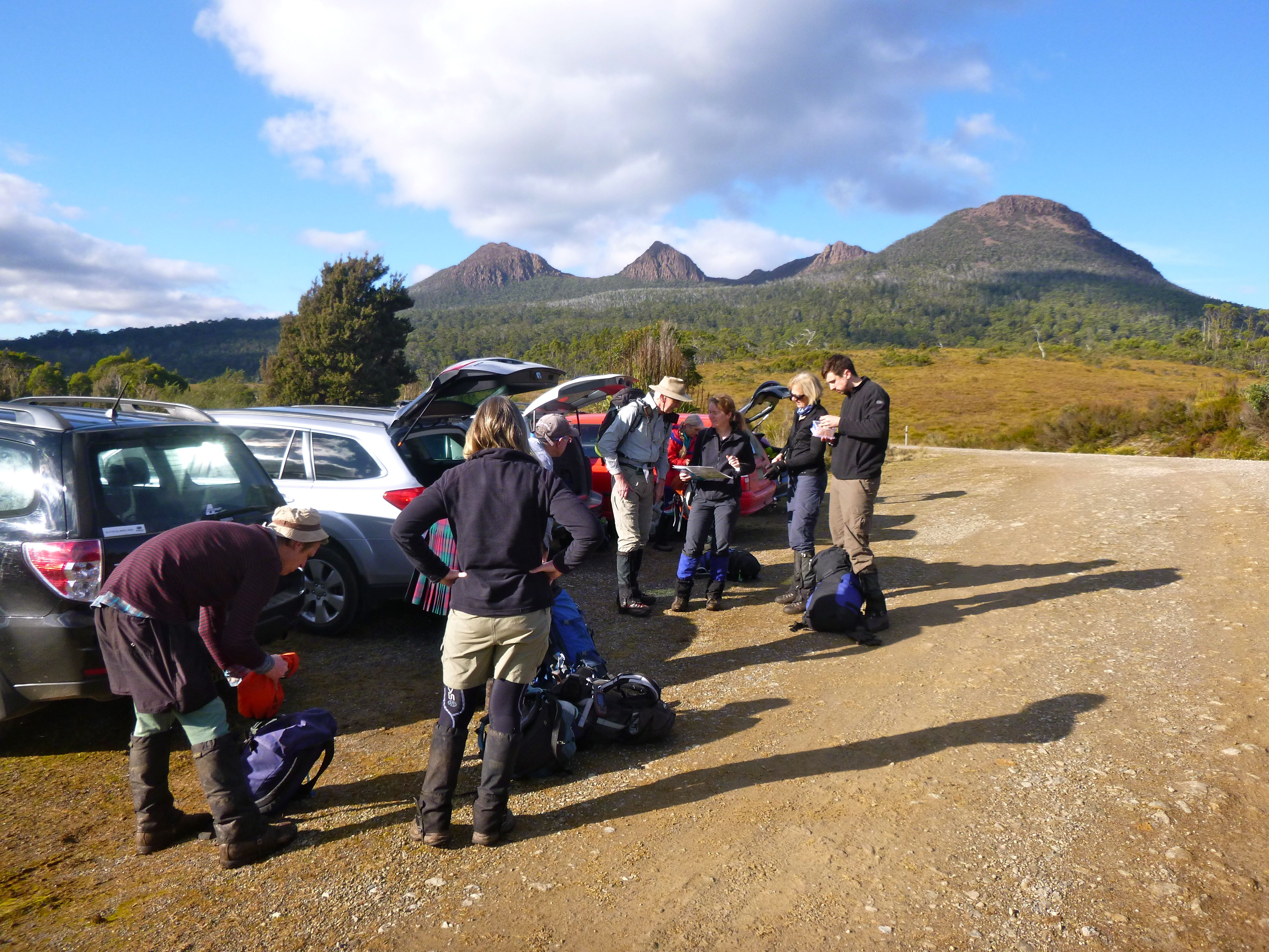 A short drive, and we're at the start of the Burns Dam road, ready to head off to the Beehive