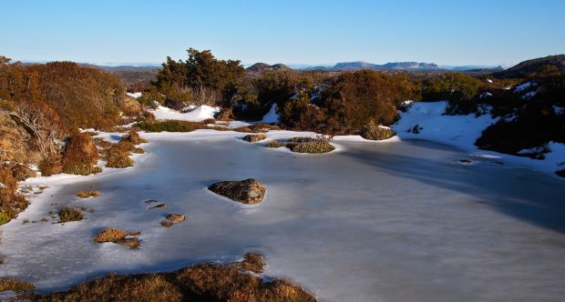 Another frozen tarn.. but you never got sick of them!