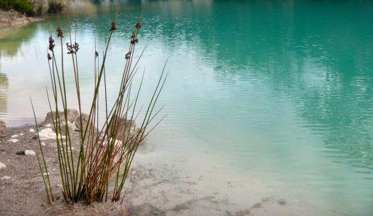 Little Blue Lake up close..