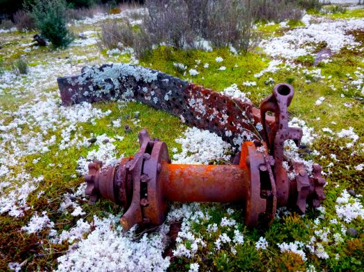 A little of what's left of the Nichols Sawmill.. I'm not sure why I find beauty in things like this.. but they appeal to something in me.