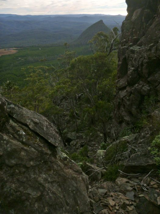 The way down, and up, via the cairns.. just a little 'surfy' on the way back!