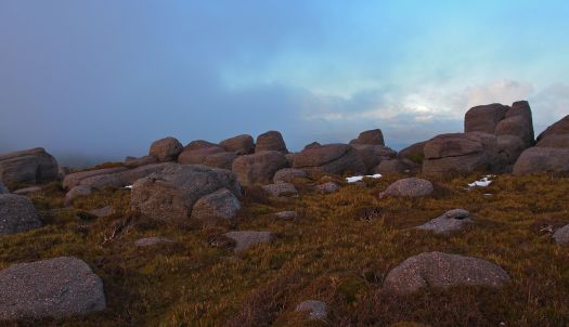 I do love the rocks and colour of the alpine grass up here!