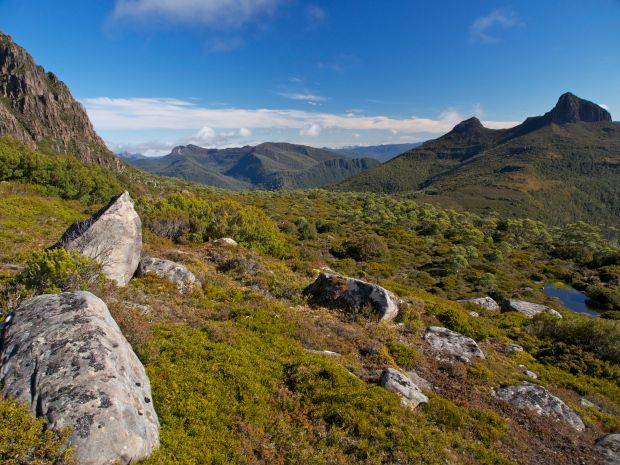 Heading round the north eastern side of Cuvier, aiming for the ridge ahead. The Eldon Range comes into view.