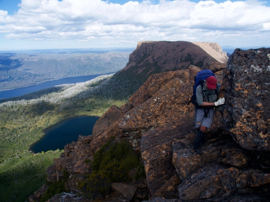 On the ridge, we climb amongst the boulders